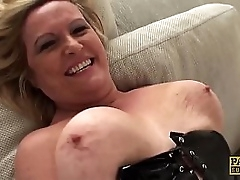 MILF pussy makes rough cock..